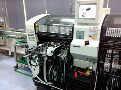 Panasonic automatic label feeder into machine